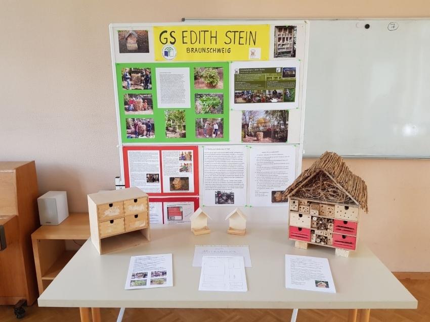 1-Stand-der-GS-Edith-Stein-auf-der-Auszeichnungsveranstaltung-der-Umweltschulen-in-Europa-im-Sept.-2017
