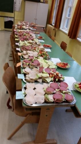 Das gesunde Schulfrühstück vor dem Abtransport